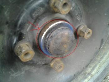 demontáž bubnové brzdy 1