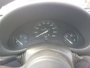 Výměna budíků přístrojové desky Opel Corsa B 1